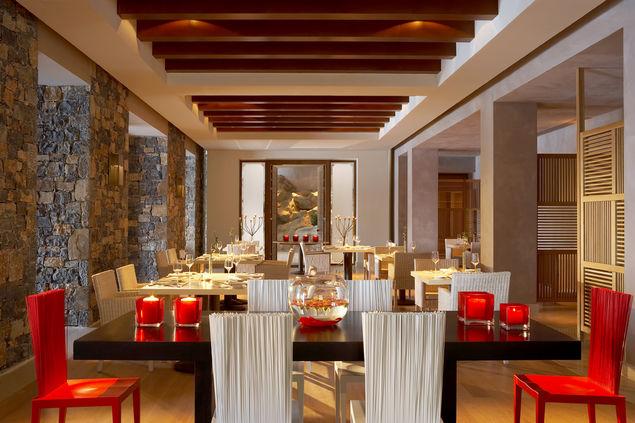 dc_ocean_restaurant_01_gallery_imagex423
