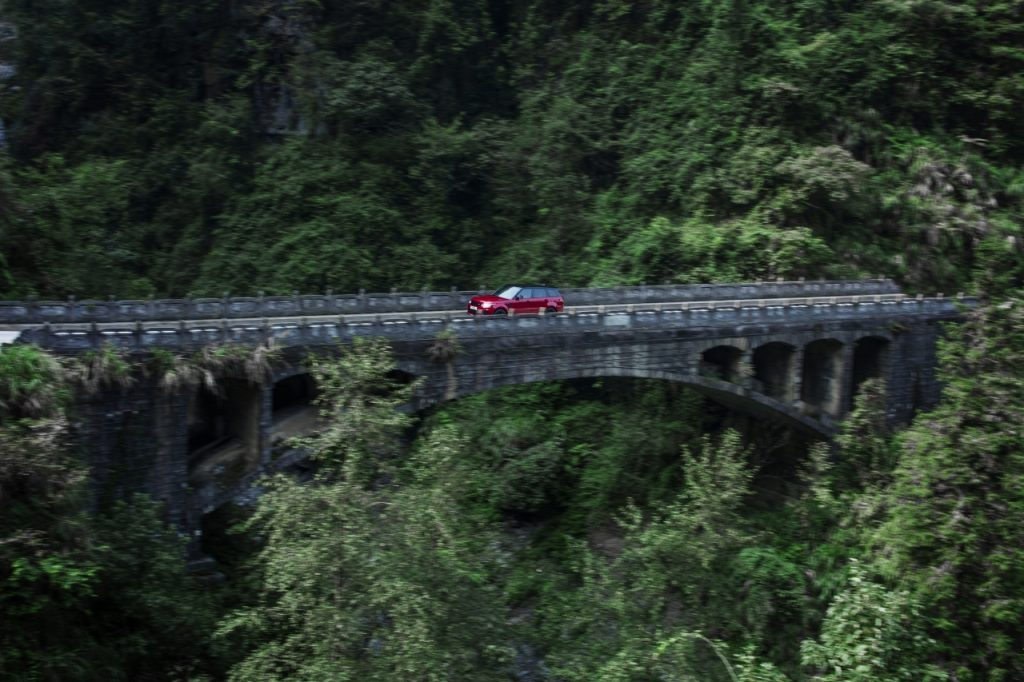 the dragon challenge, gentlemens journey, range rover sport