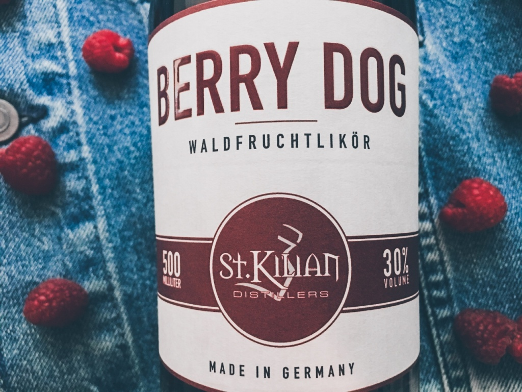 st kilian distillers berry dog