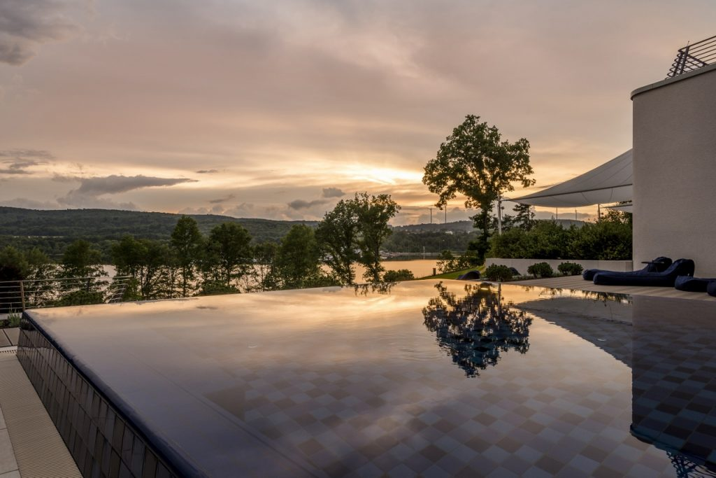 Kurztrips zu Design-Pools, pools, hotel, maxwell resort langenburg, seezeit lodge