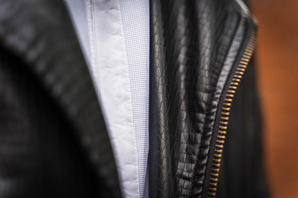 Nicolas Tedjadharma Fotografie gentlemens journey black white outfit