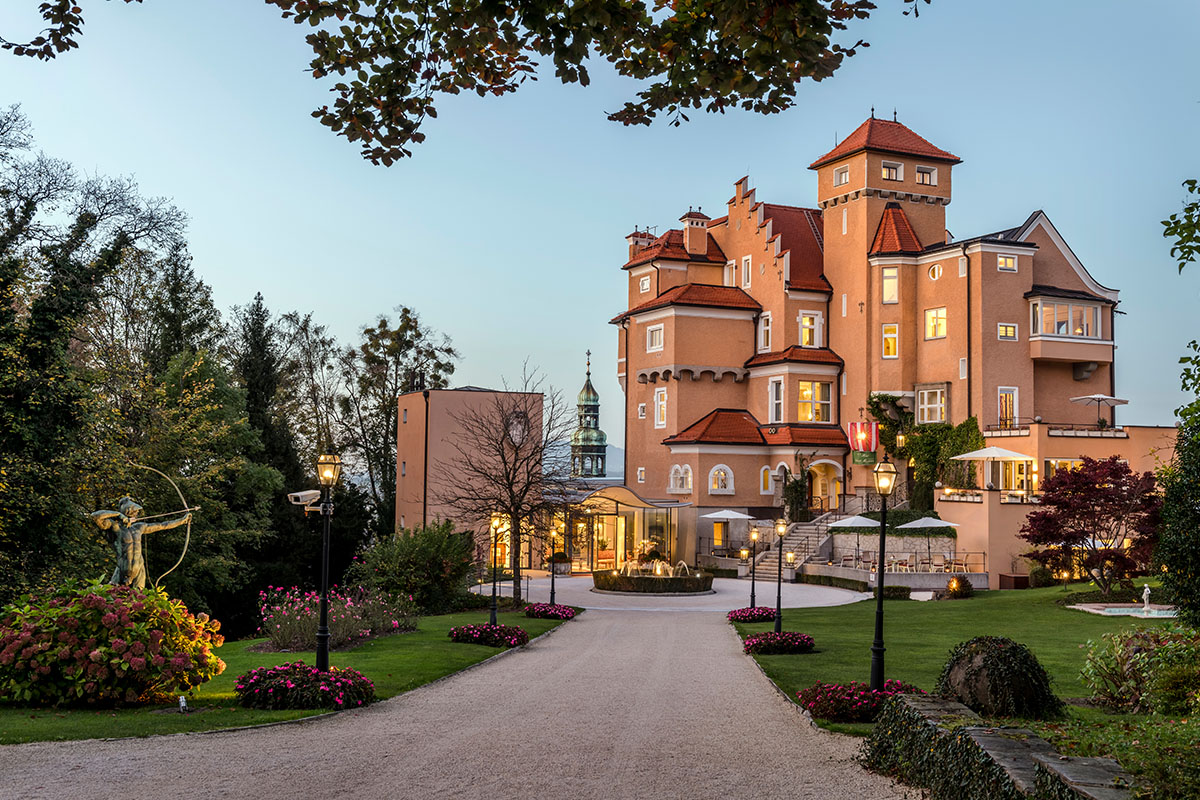 Cinderella Hotels