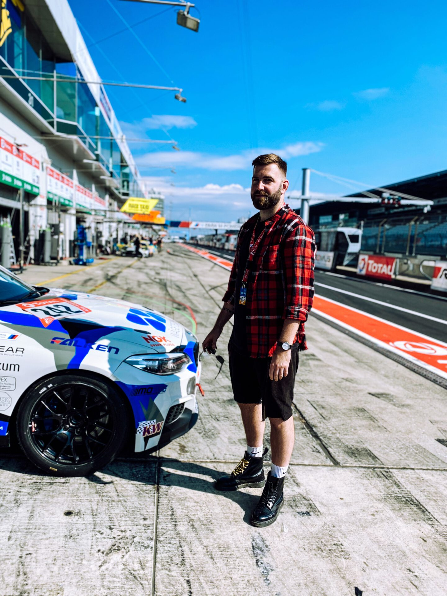 nürburgring charlie martin transgender rennfahrerin