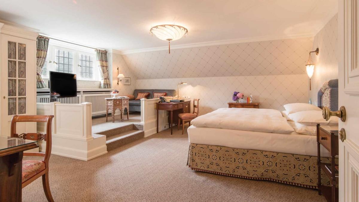 Schlosshotel Kronberg zimmer room gentlemens journey