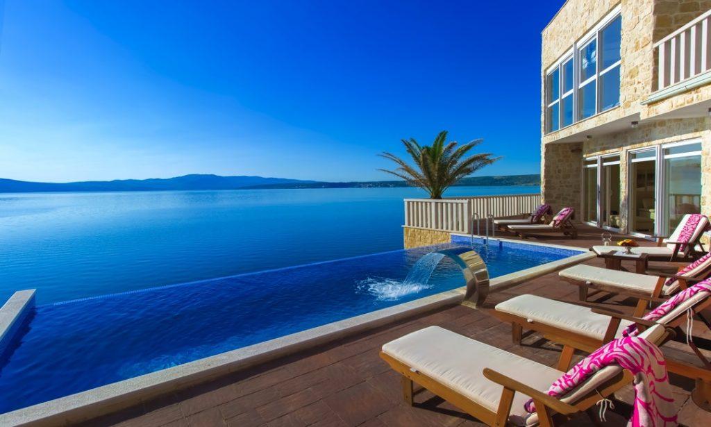 cathy hummels villa CaMa airbnb kroatien